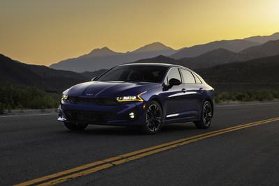 El K5 2022 se lanza con un nuevo paquete prémium GT-Line AWD; características de seguridad y comodidad adicionales.